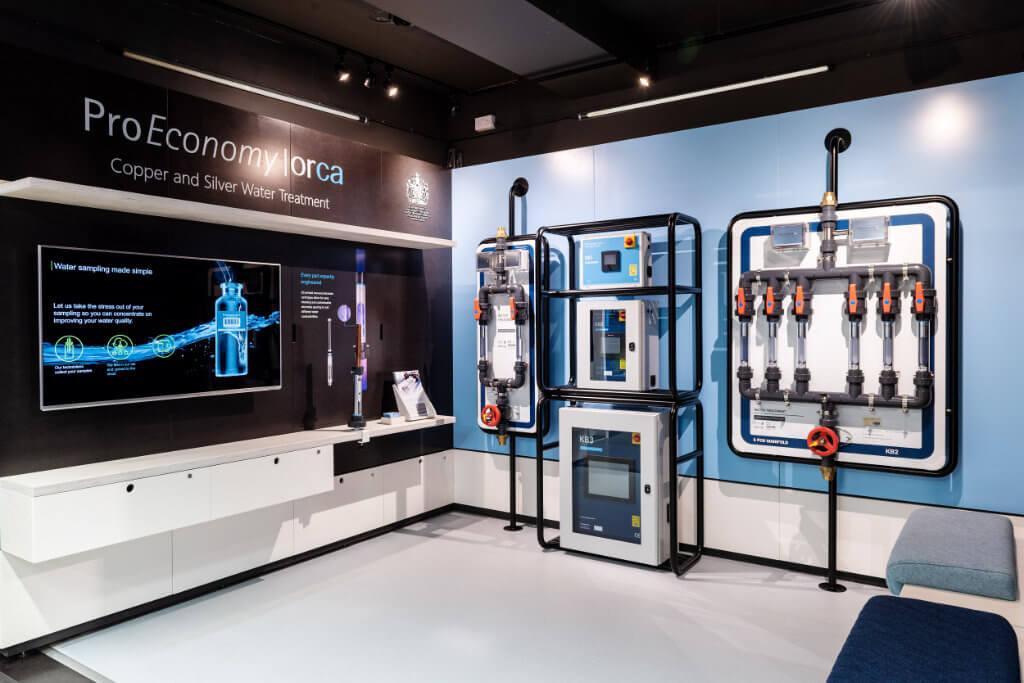 london-showroom01